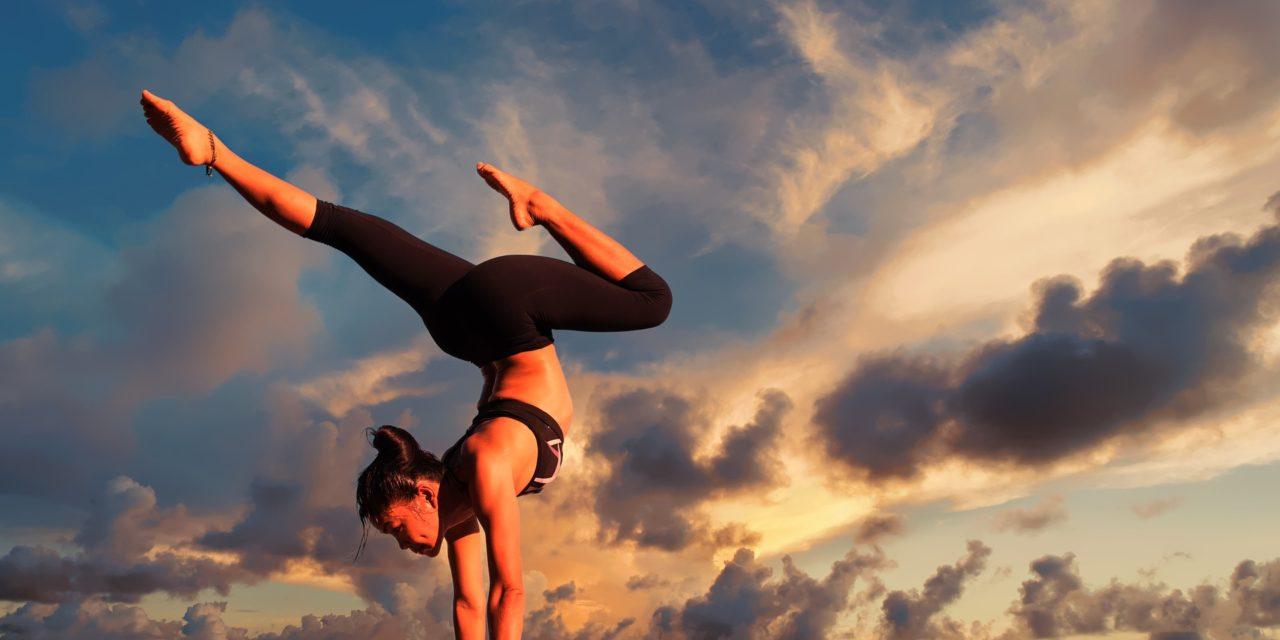 https://www.cusnapoli.it/new/wp-content/uploads/2019/09/yoga-2116093_1920-1280x640.jpg