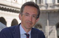 https://www.cusnapoli.it/new/wp-content/uploads/2020/03/Ministro-Gaetano-Manfredi.jpg