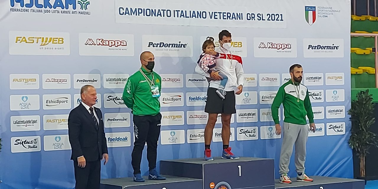 https://www.cusnapoli.it/new/wp-content/uploads/2021/10/Lotta-Pallavicino-conquista-il-titolo-di-Campione-Italiano-ai-Master-A-1-1280x640.jpeg